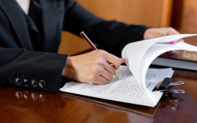 4 Questions to Ask When Hiring a Business Lawyer
